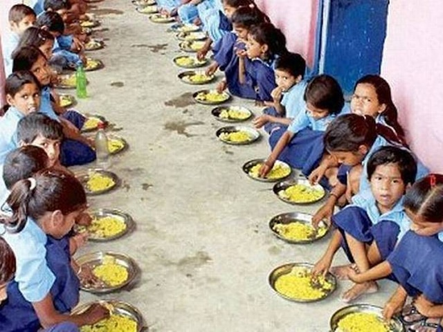 25 Delhi students hospitalised after mid-day meal
