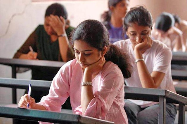 HC orders extra marks for Tamil NEET students