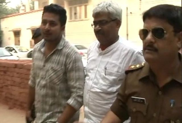 Journalist Vinod Verma, arrested on charges of extortion, sent on transit remand