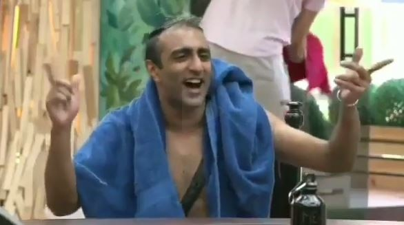 BIGG BOSS 11: Akash Dadlani PROVOKES Priyank again; Calls him 'GAY'