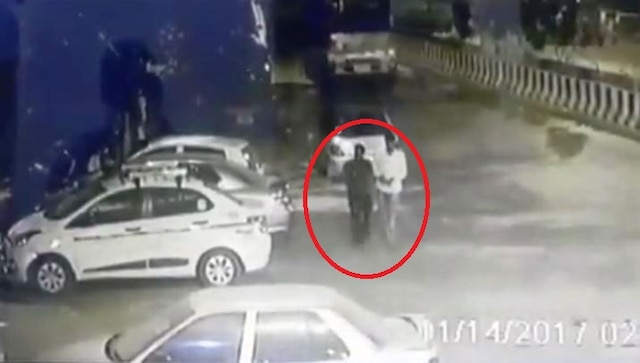 WATCH: 2 thieves effortlessly steal car in Delhi's Azadpur area
