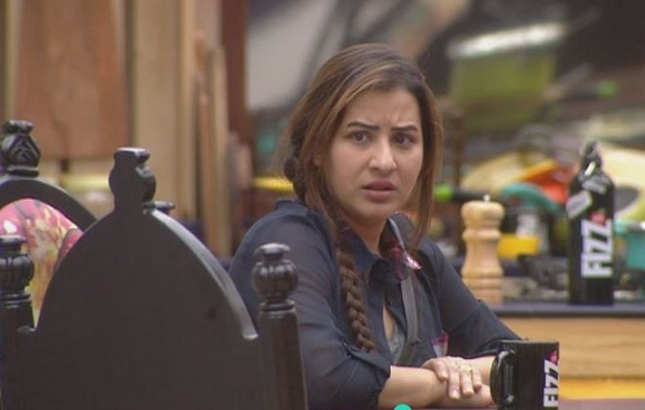 BIGG BOSS 11: Shilpa Shinde responds on being trolled for 'only' cooking