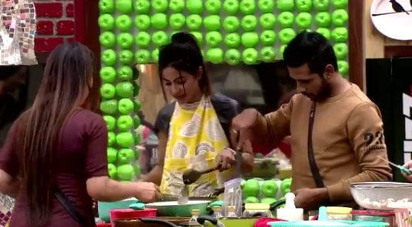BIGG BOSS 11 Luxury Budget Task: Padosis will decide the WINNER