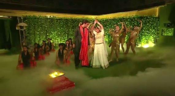 BIGG BOSS 11: Shilpa Shinde and Vikas Gupta's GRAND FINALE performance has NAAGIN TWIST
