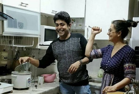 Bigg Boss 11 contestants Shilpa Shinde and Sabyasachi enjoy cooking at Shilpa's kitchen