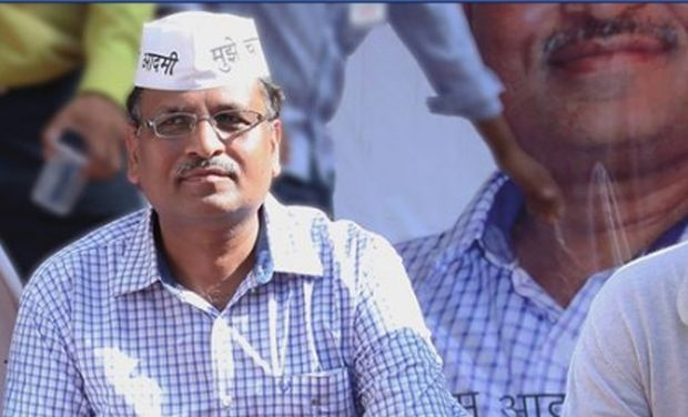 CBI carries out searches at Satyendar Jain's residence
