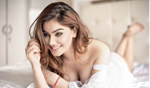 WOAH ! Great Grand Masti actress Kangna Sharma to enter Star Plus show Tu Sooraj main Saanjh Piyaji