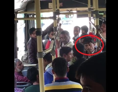 Noida: Watch pickpocketers caught STEALING mobile phone in DTC bus