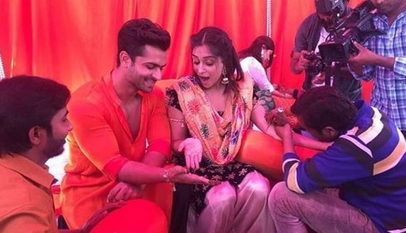 Shoaib-Dipika's HAPPINESS in their MEHENDI Ceremony VIDEO is so CONTAGIOUS