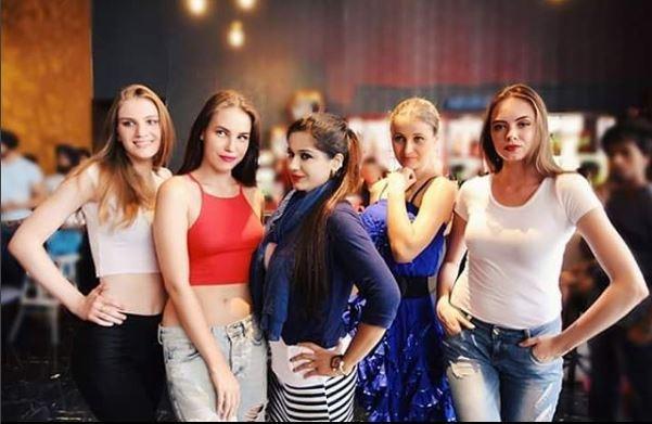 BIGG BOSS 11 contestant Mehjabi Siddiqui top feature in MUSIC SIN
