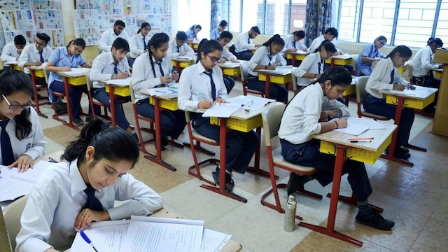 CBSE 10th Result 2018: Exam Result Declared Today On cbse.nic.in and cbseresults.nic.in