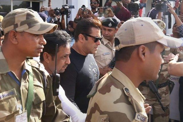 Black buck case verdict: Salman Khan, other actors reach Jodhpur