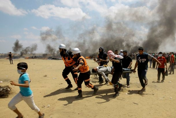 Israeli forces kill 37 in Gaza protests as US opens new embassy in Jerusalem