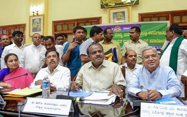 Karnataka: Kumaraswamy promises farm loan waiver in 15 days