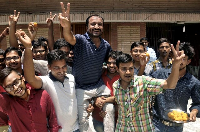 IIT JEE advanced result 2018: 26 students from Anand Kumar's Super 30 academy crack exams