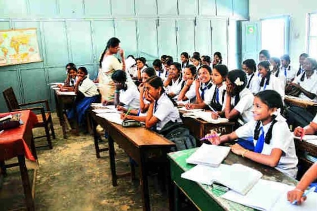 Schoolteachers' vacancies due to wrong deployment: HRD Ministry official