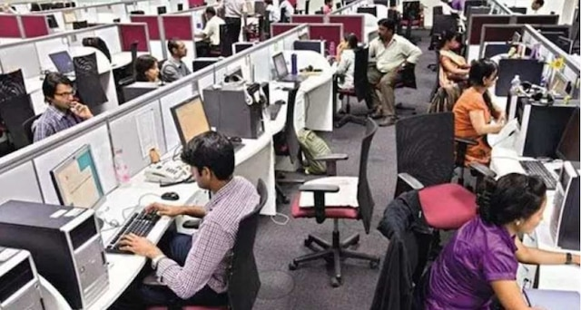 Government Jobs: Over 5600 vacancies for faculty in central varsities, over 2800 in IITs, says HRD