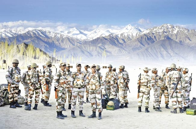 ITBP jawans who gaurd China border will now get bouquet, cake and a half-day off on birthdays