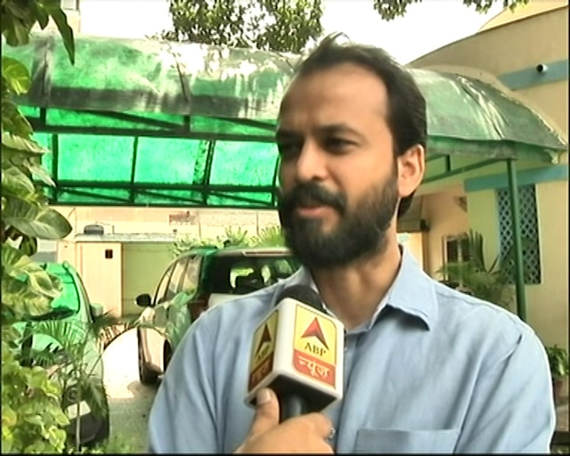 AAP needs introspection; not joining any other party: Ashish Khetan