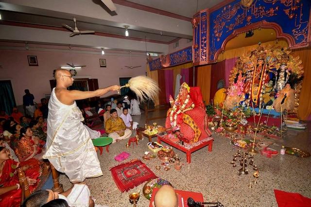 Durga Ashtami 2018: Navratri 2018 Wishes, SMS, Whatsapp Messages, Status Wallpaper and Maa Durga Images