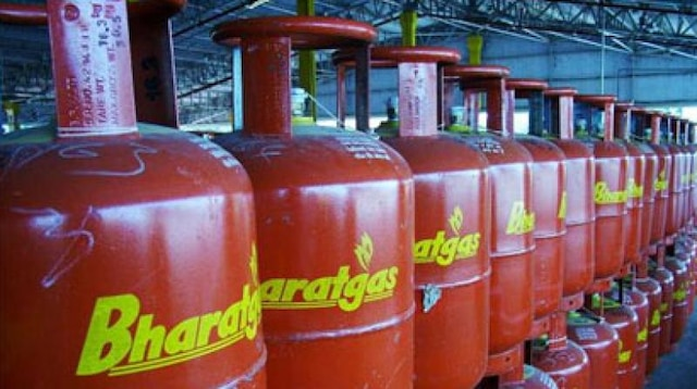Aadhaar authentication to take back LPG subsidy will continue at micro-ATMs: UIDAI