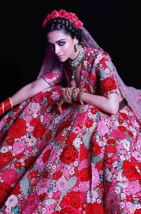 Deepika Padukone Looks ELEGANT In Sabyasachi Floral ...