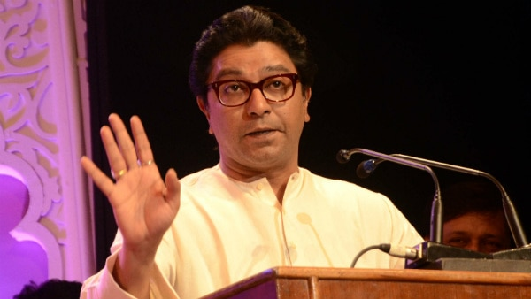 ''Producers who sign Pak artistes will have to pay RS. 5 crore as penance for army welfare'': Raj Thackeray