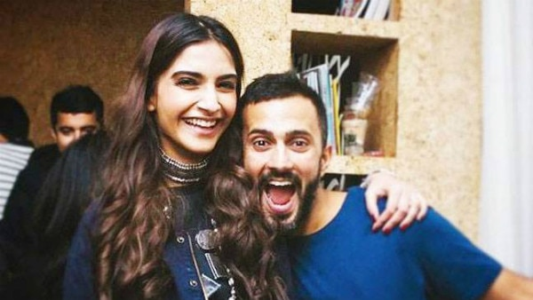 Sonam Kapoor & beau Anand Ahuja to get ENGAGED soon?