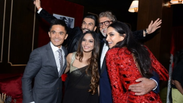 Ranveer & Deepika had a FACE-OFF at their reception and Amitabh Bachchan REVEALS which team won! (PICS INSIDE)