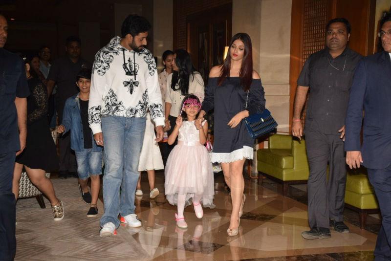 मम्मी-पापा की फिल्में बड़े चाव से देखती हैं Aishwarya rai की लाडली Aaradhya Bachchan