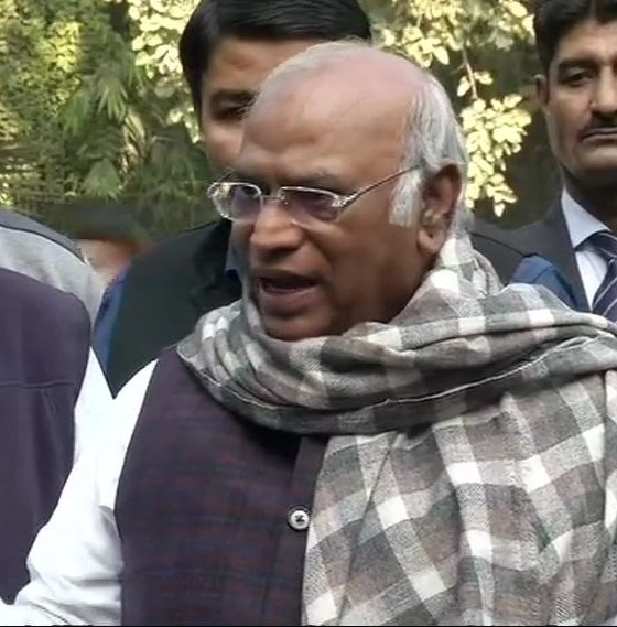 Govt lied to supreme Court on CAG report: PAC Chief Mallikarjun Kharge