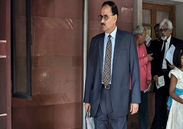 Ousted CBI director Alok Verma refuses to take charge as DG Fire Services