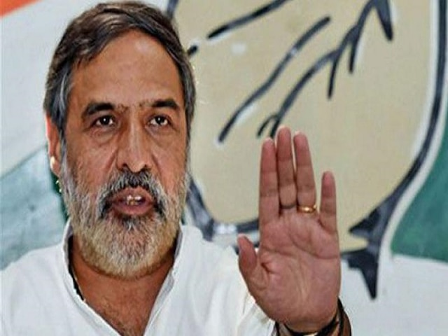 2019 LS polls Congress left with no choppers, planes as BJP has booked majority for campaigning Anand Sharma