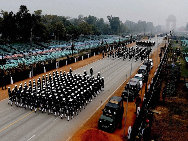 Full dress rehearsal for Republic Day Parade in Delhi today, police imposes traffic restrictions at several routes