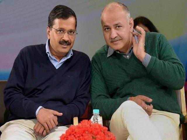 Relief to Kejriwal, Sisodia, Delhi court grants bail in defamation case filed by BJP's Vijender Gupta