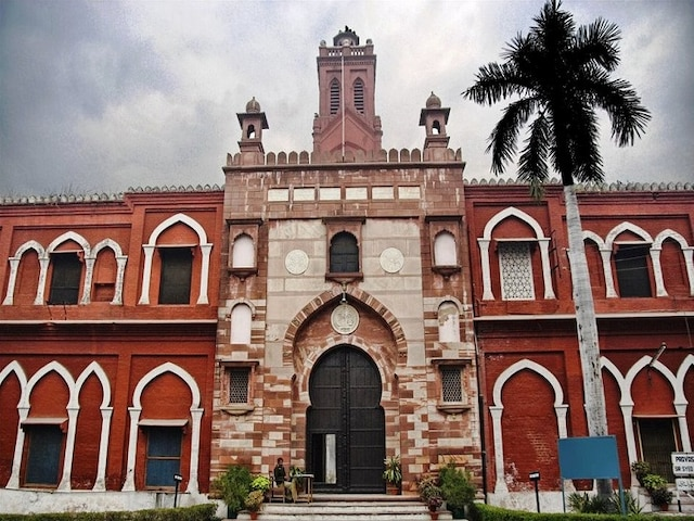 12 AMU students booked for sedition after scuffle with crew of a TV news channel