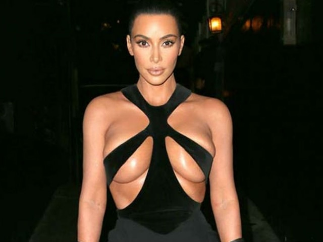 Kim Kardashian leaves nothing to imagination in her BOLD cutout gown!