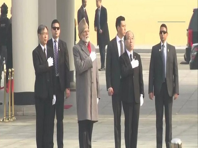 Prime Minister Narendra Modi pays tribute to soldiers at Seoul National Cemetery in South Korea