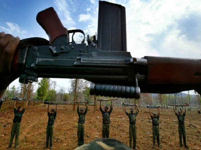 Jharkhand: 3 Maoists killed in an encounter with security forces near Gumla, two Ak-47 guns seized