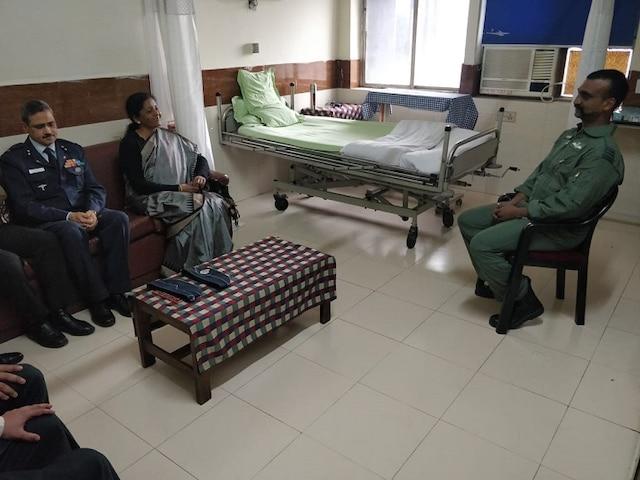 Defence Minister Nirmala Sitharam meets Abhinandan Varthaman; IAF pilot shares his 60 hour stay in Pakistan