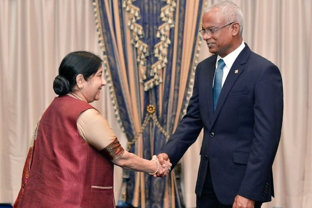 Sushma Swaraj meets Maldives President Solih, Home Minister Imran Abdulla in Male; discusses bilateral ties