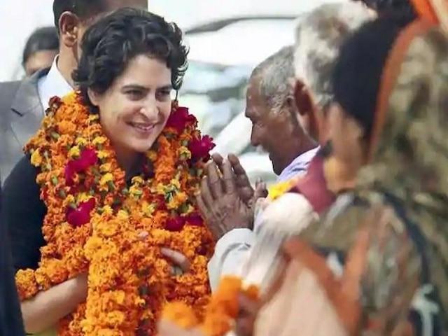 BJP alleges Priyanka Gandhi insulted Lal Bahadur Shastri by putting used garland around his statute
