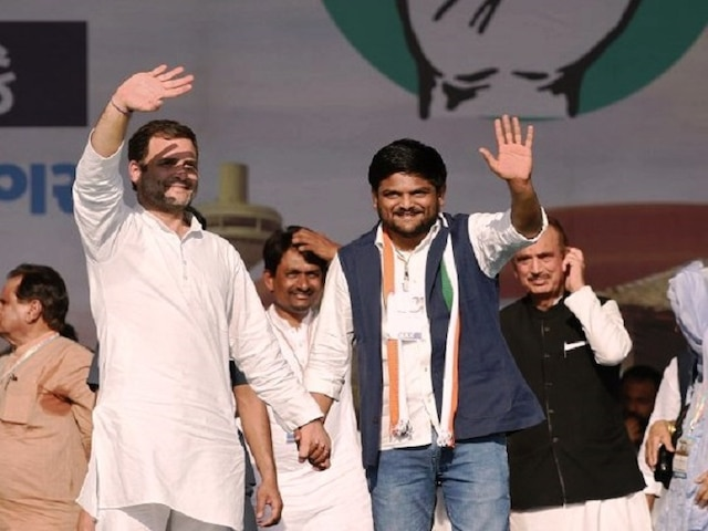 Blow to Hardik's poll plans as SC declines urgent hearing on Hardik Patel's plea challenging Gujarat HC order