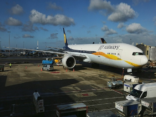Jet Airways crisis: With no update on salaries, pilots confirm they will go on strike from April 1