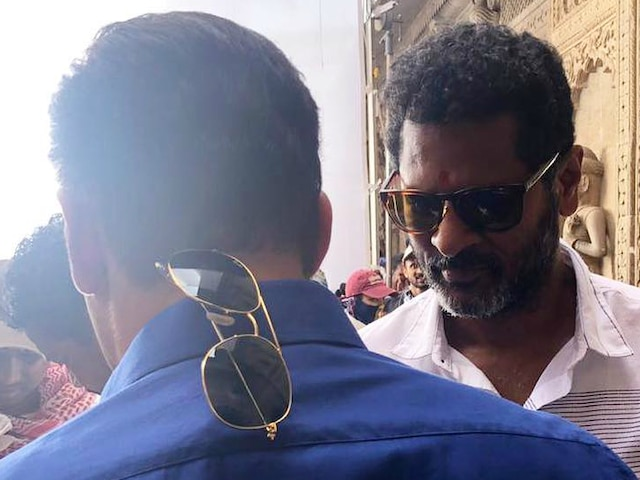 'Dabangg 3' Day 1: Salman Khan in 'Chulbul Pandey' avatar with sunglasses hanging at the back of his shirt, poses with Prabhu Deva on Indore sets!