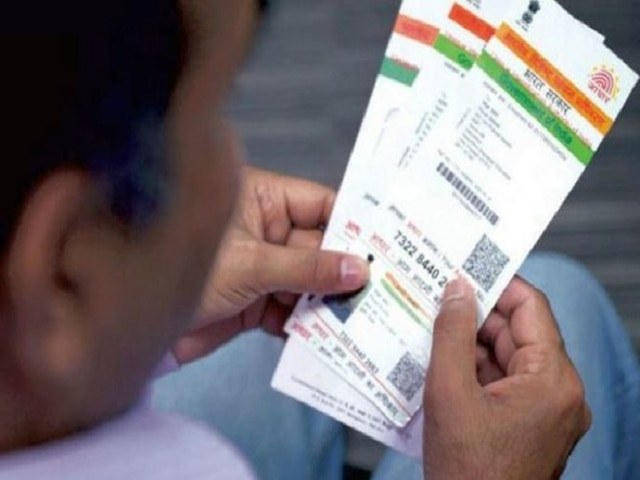 Aadhaar-Social Media Linkage: SC Transfers To Itself All Pending Cases In High Courts