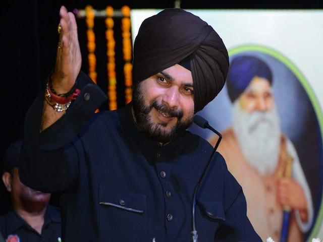 Congress leader Navjot Singh Sidhu makes SHOCKING statement against PM Modi