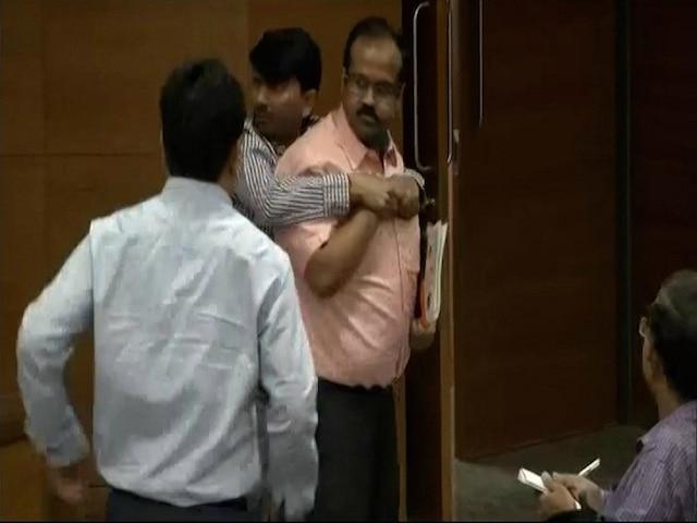 Who is Shakti Bhargava, All about the man who hurled shoe at BJP spokesperson GVL Narasimha Rao