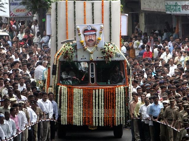 Rahul Gandhi reacts to Sadhvi Pragya's controversial remark, says 'Hemant Karkare must be treated with respect'