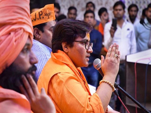 Ex- bureaucrats condemn Pragya's remarks on Karkare, demand withdrawal of candidature